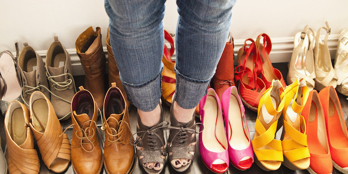 o-LOTS-OF-SHOES-facebook